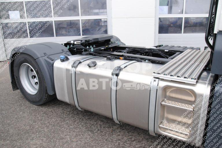 Грузовик MAN TGX 18.400 топливная система